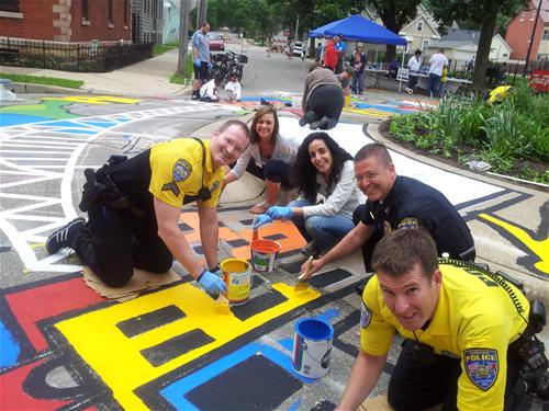 COPs painting at 18th and Washington Streets