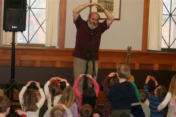 Lollipops and Music for Our Preschoolers (L&MOP) with David Landau