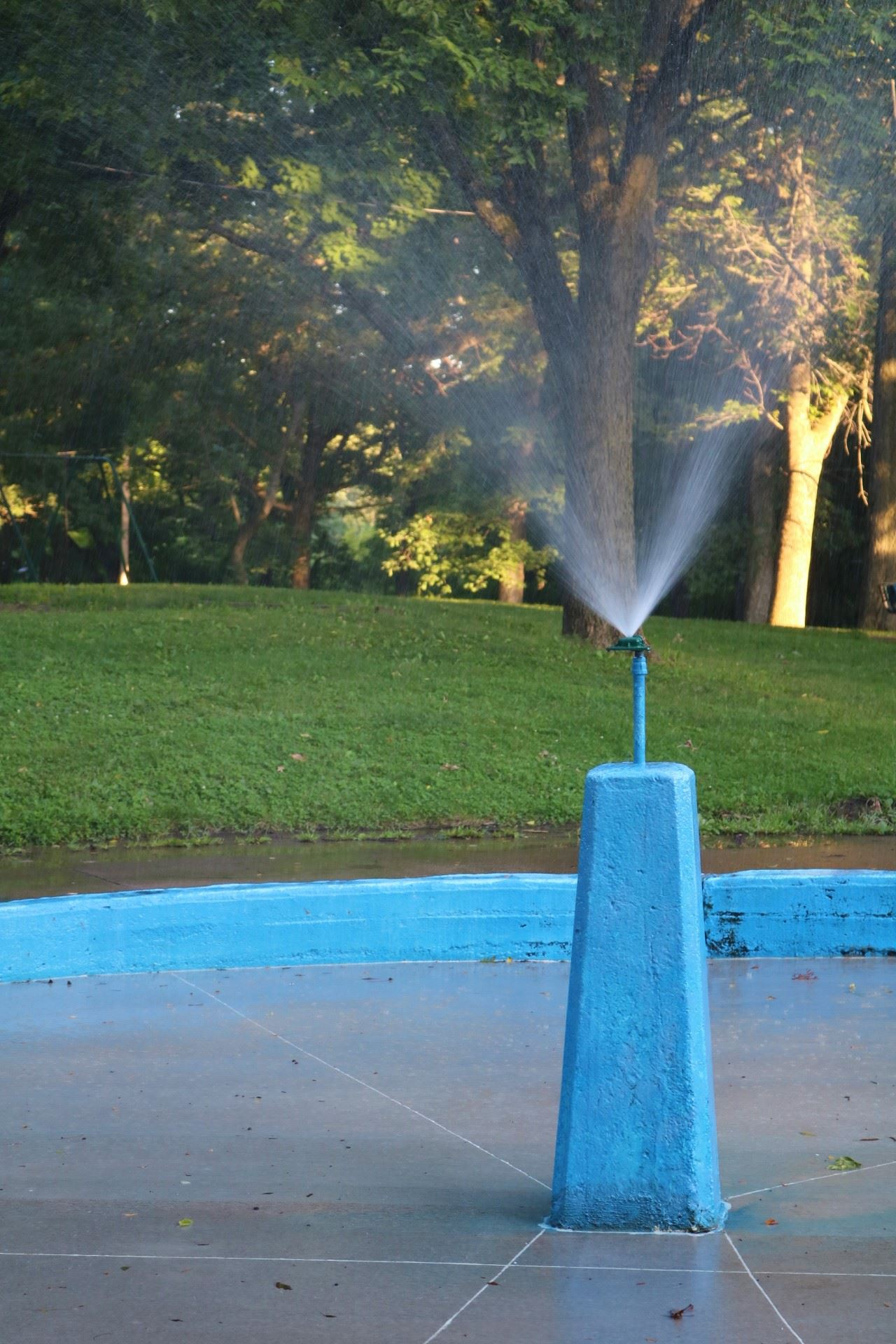 The Spray Pool is open for public use during park hours, weather permitting.
