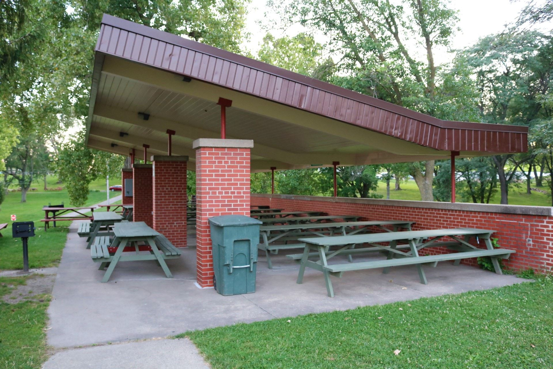 Brick Open Air seating: 126 people; price: $115.00. Handicapped accessible, 15 amp electricity. Seco
